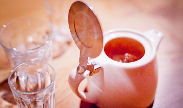 Lychee Teapot Martini Diamond Jubilee cocktail