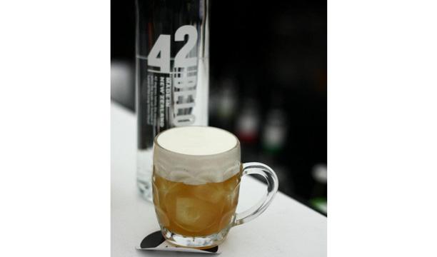 Max Venning's Honey I Shrunk the Pint 42BELOW cocktail