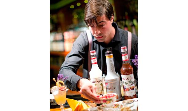 Monin Cup Mate Csatlos London Cocktail Week
