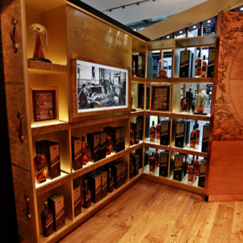 Johnnie-Walker-Scotch-travel-retail