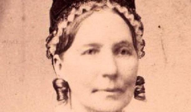 Elizabeth-Cummings