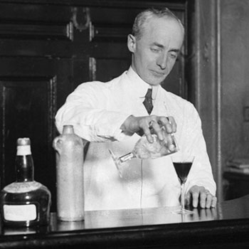 Top-10-pioneering-bartenders-in-history