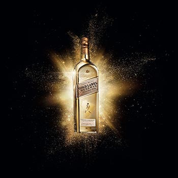 Diageo has created a limited edition bottle design for its Johnnie Walker Gold Label Reserve whisky, available exclusively in the travel retail market over the festive period.