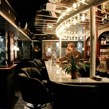 little red door founders open new parisian speakeasy. Black Bedroom Furniture Sets. Home Design Ideas
