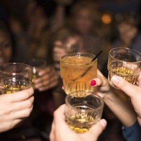 A study has found that the majority of women undergoing breast cancer screening don't know that alcohol consumption is linked to the disease