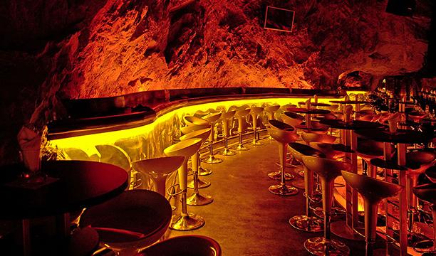 Mina-Club-Bar