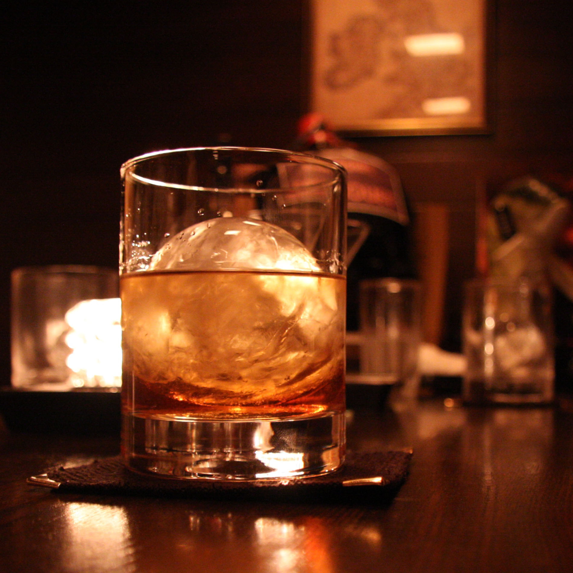 картинки виски в клубе еда