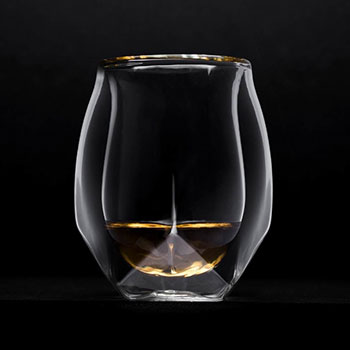 """A new """"game-changing"""" whisky glass that combines the designs of nosing vessels and classic tumblers has launched a crowd-funding campaign."""