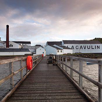 lagavulin-distillery-web