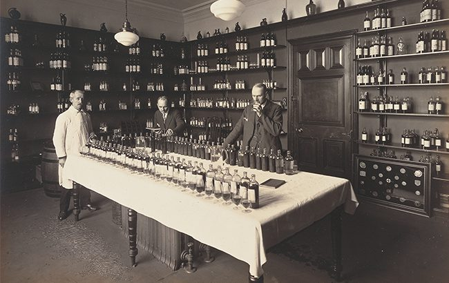 The blending room in the 1920s