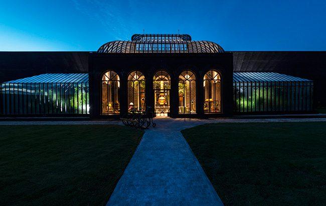 Hendrick's-Gin-Palace