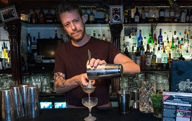 Samuel-London-Cocktail-Club
