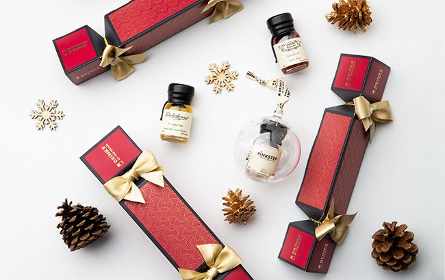 Drinks-by-the-Dram-Christmas-baubles