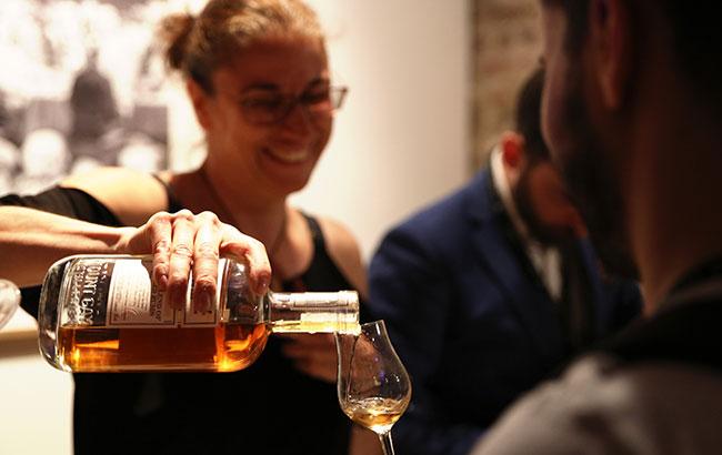 Whisky-Exchange-Rum-Dawn-Davies