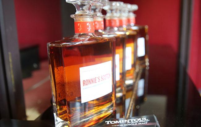 Ronnie's-Scotch-Tomintoul