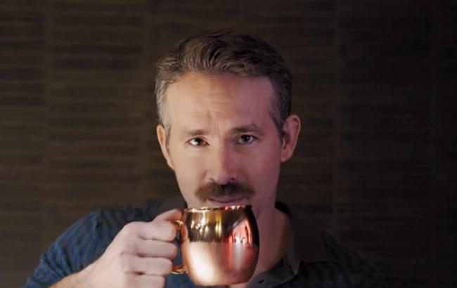 Ryan Reynolds mocks Henry Cavill in Aviation Gin ad