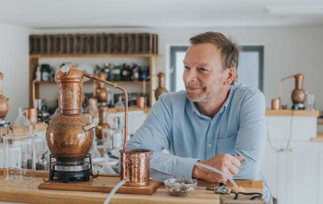 Jason Nickels, Master Distiller at Salcombe Gin
