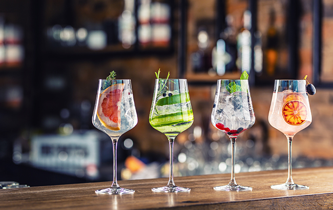 Gin glasses web